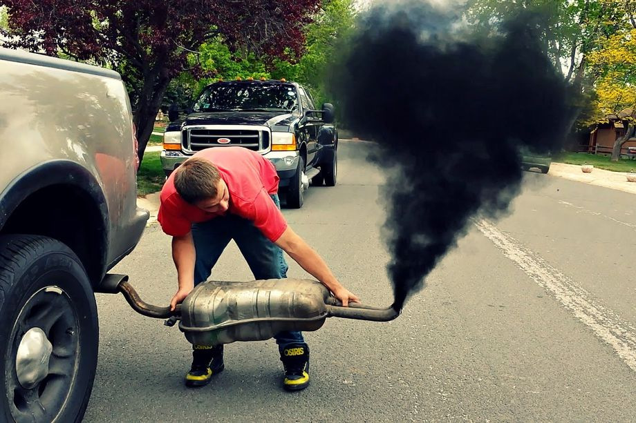 https://www.gaytorrent.ru/bitbucket/rolling-coal.0xx.jpg